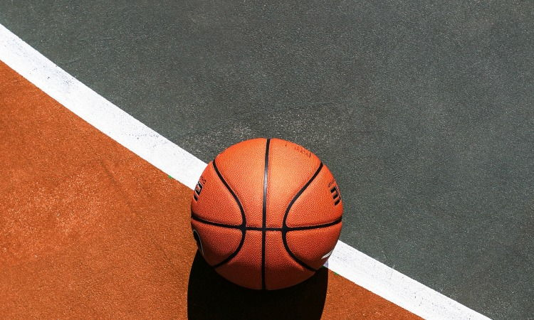 Какие есть стратегии ставок на баскетбол?
